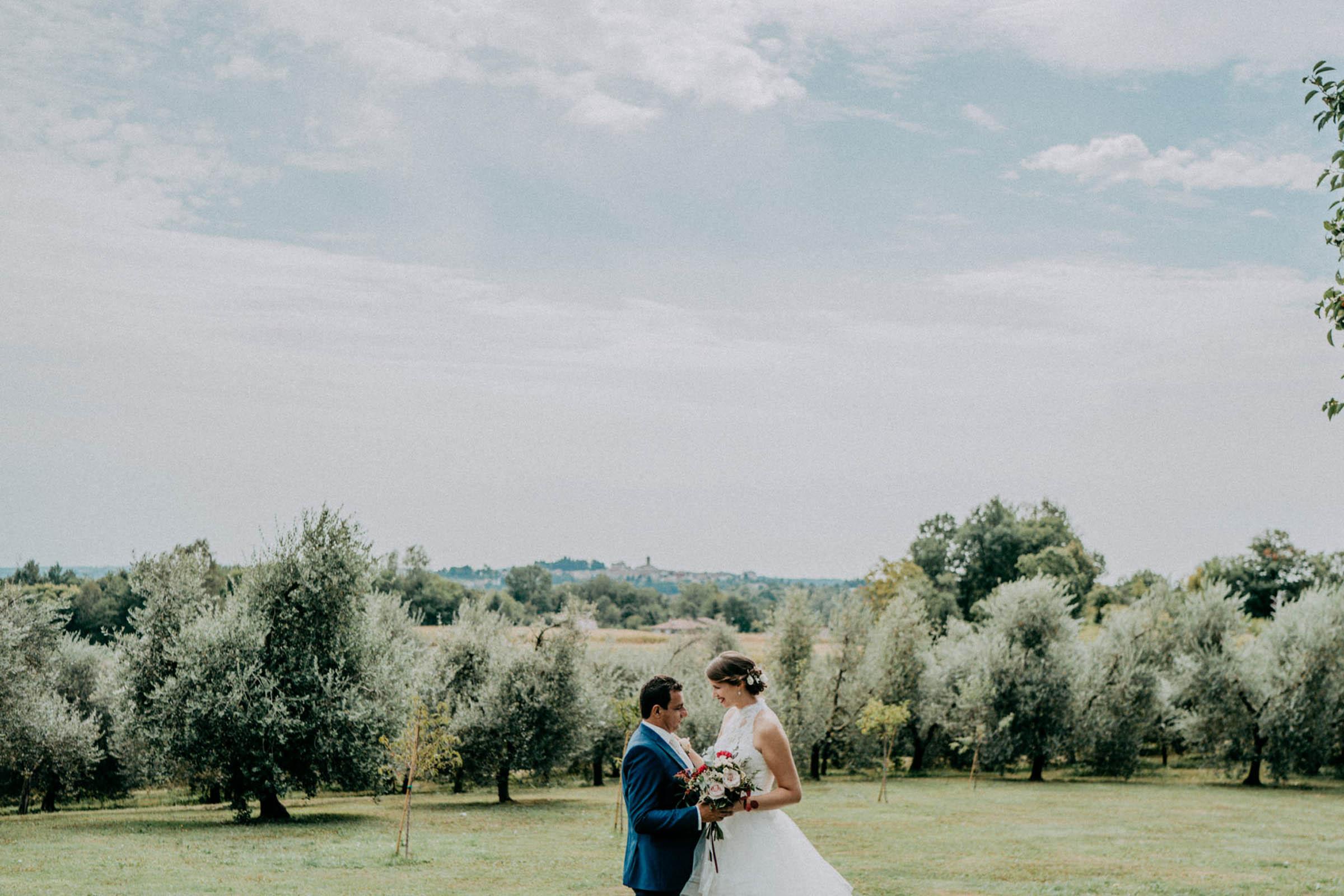 Paarfoto einer Hochzeitsreportage in San Daniele, Italien